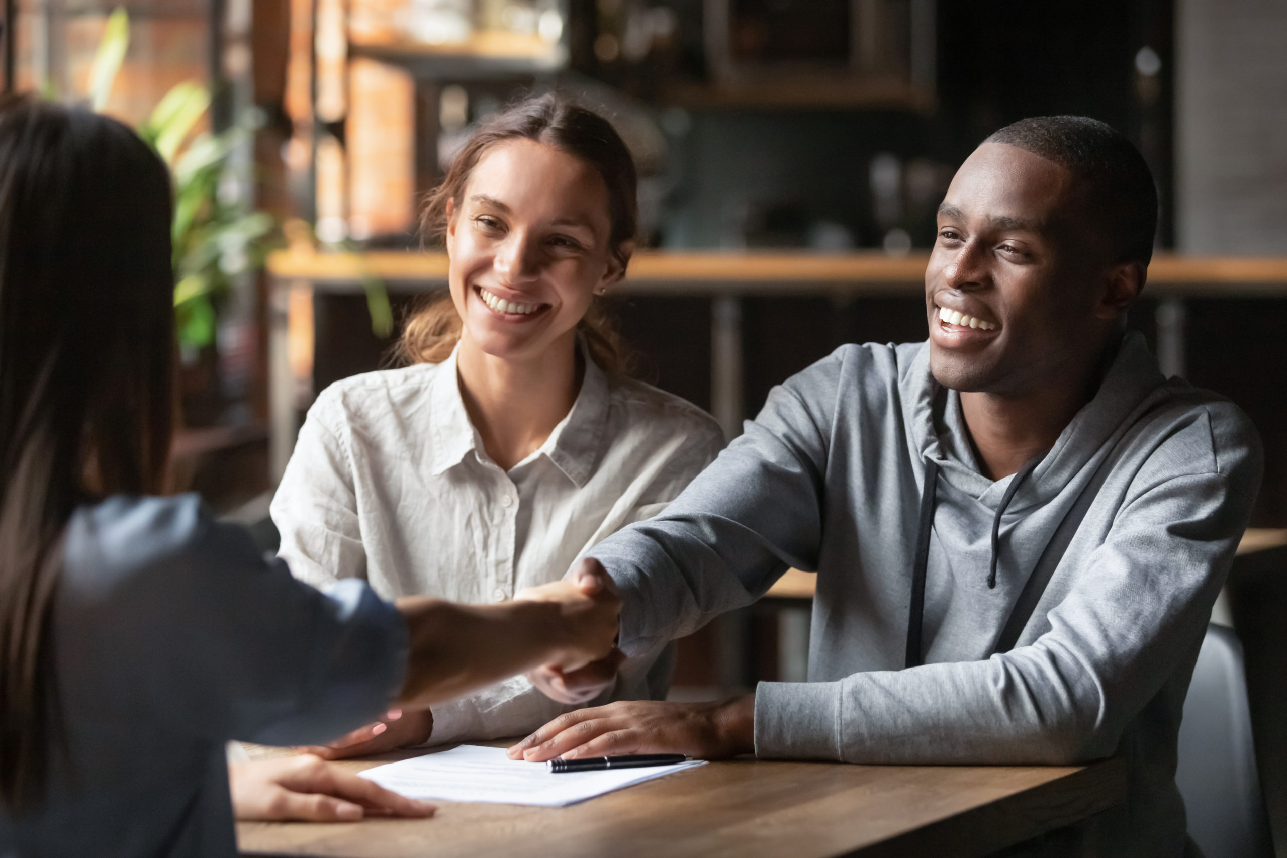 5 Ways to Connect with Clients after the Mortgage Closing